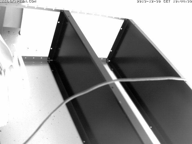 Webcam http://www.skiplan.pro/webcam/stcolomban/image.jpg